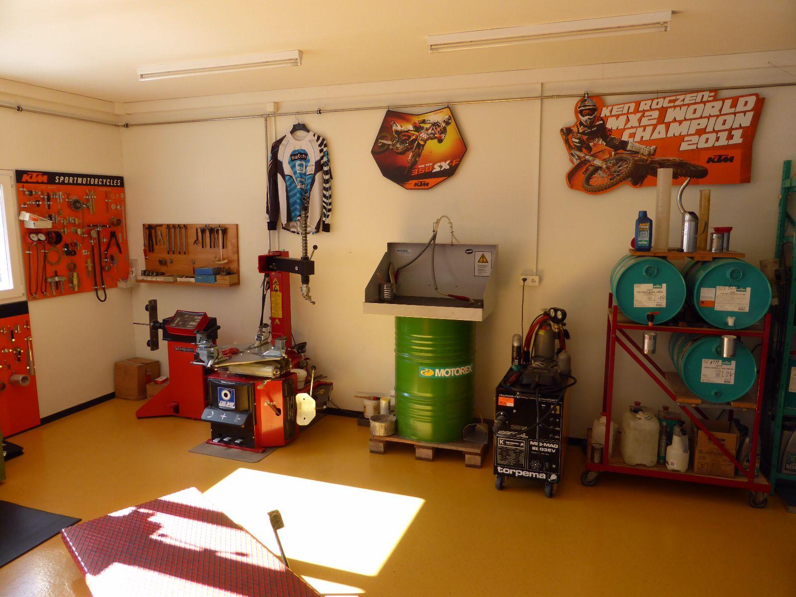 Motos Roland Frey - KTM Motorräder, Service, Umbauten, Neufahrzeuge