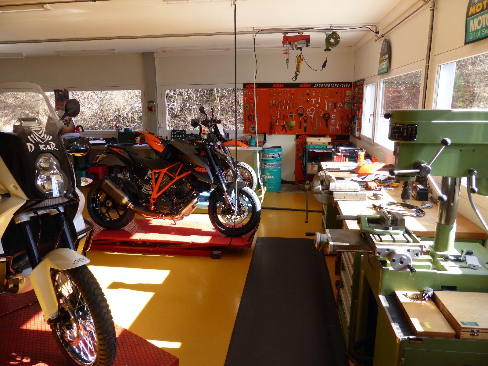 Motos Roland Frey - KTM Motorräder, Service, Umbauten